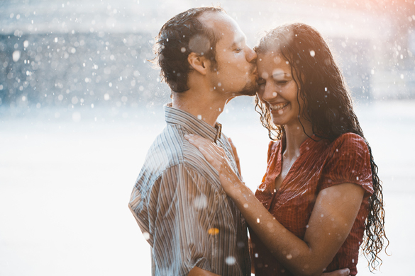 Aquarius Man and Capricorn Woman Compatibility: Paradoxical Love